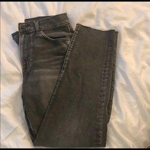 Gap girlfriend distressed cropped jeans